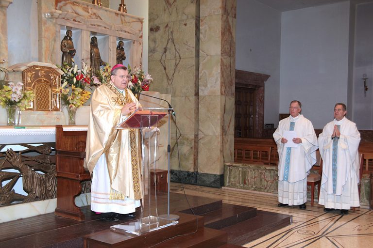 Cardinal Burke presiding at Collaboration Mass in San Giovanni Rotondo, Italy
